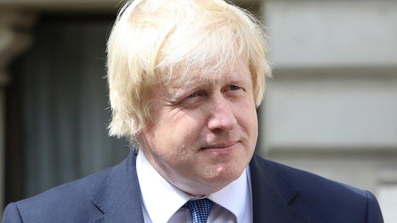 Борис Джонсон спрятался в холодильнике, чтобы не отвечать на вопросы журналистов