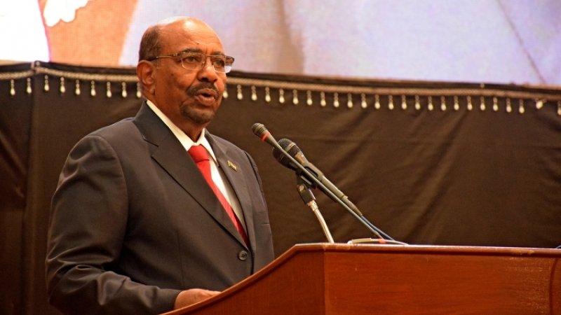Бывшего лидера Судана приговорили к двум годам тюрьмы